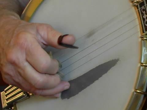 banjo close-up video