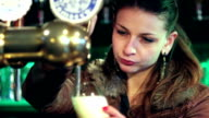 barlady pouring a pint video