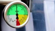 Barometer video