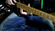 HD CLOSE UP: Bass guitar video
