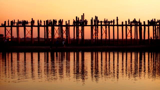 U Bein Bridge, Myanmar (Burma) video
