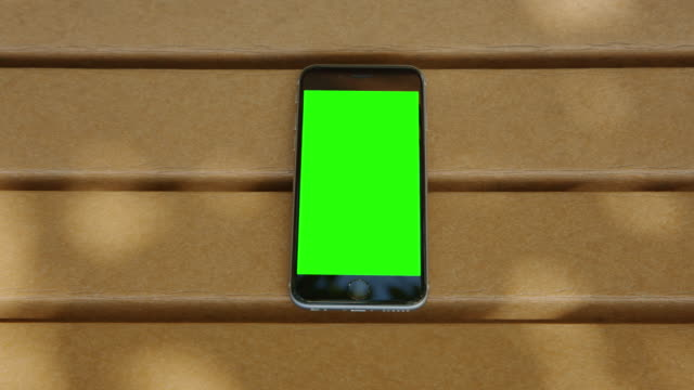 Bench green screen chromakey shadow smart phone mobile video