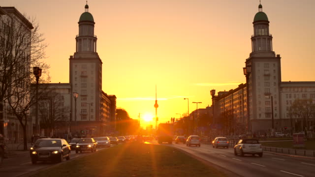 Berlin Frankfurter Tor at sunset video