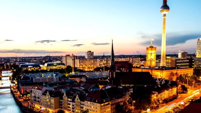 Berlin Skyline at Night, time lapse video
