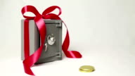 Best gift is a Magic box! Gold coins appear by themselves! video