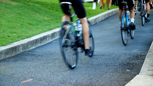 Bicycle racing video