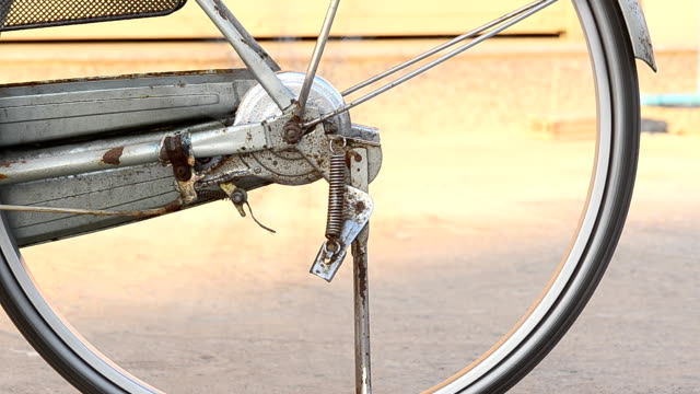 Bicycle wheel video