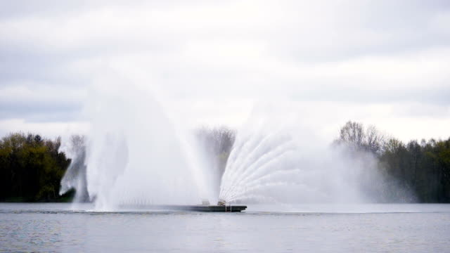 Big fountain in Minsk - slowmotion 180 fps video