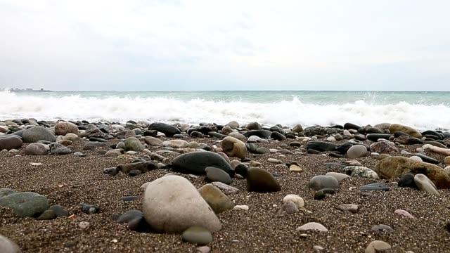 Big waves on sea near shore. video