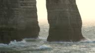 Big waves splashing on the rocks of the cliff video