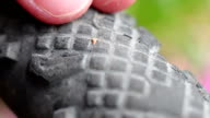 Bike tyre with thorn video