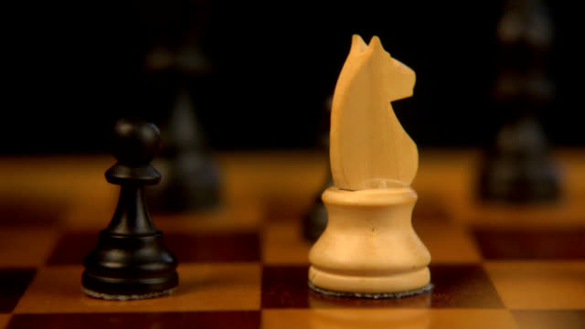 Black bishop beats white horse (HD) video