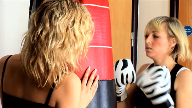 Blonde boxing in the gym video