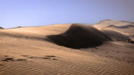 Blowind Sand dunes video