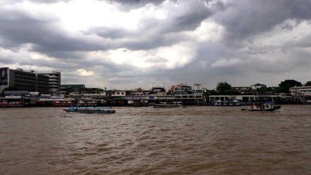 boat at Chao Phraya River video