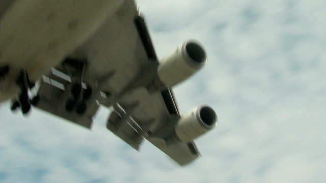 Boeing 747 Airplane Final Approach Overhead video