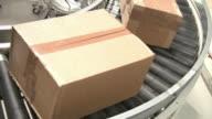 boxes on conveyor belt video