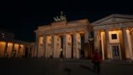 Brandenburg Gate in Berlin - Timelapse video