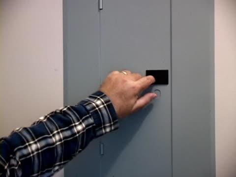Breaker Box Hands video