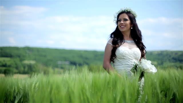 Bride in field video