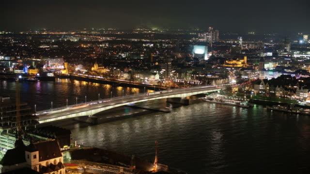 TIME LAPSE; Bridge at night video