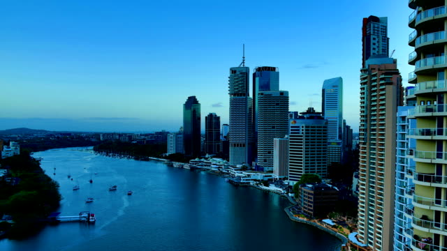 Brisbane, QLD: Night to day time lapse video