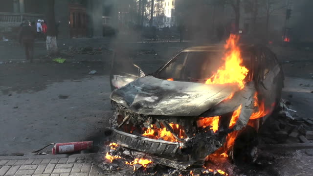 Burning car on the streets of Kiev. video