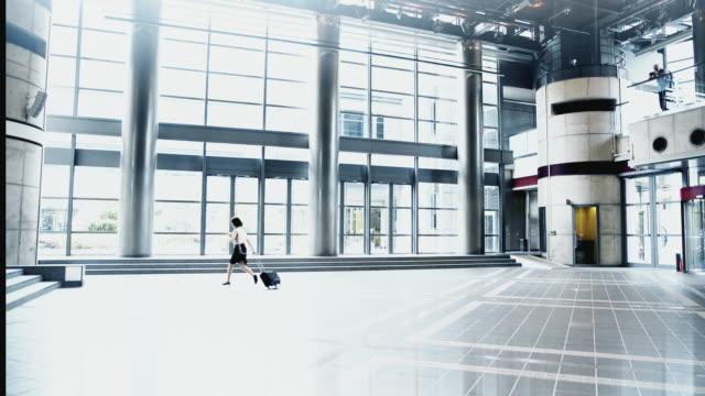 WA Businesswoman running to work video