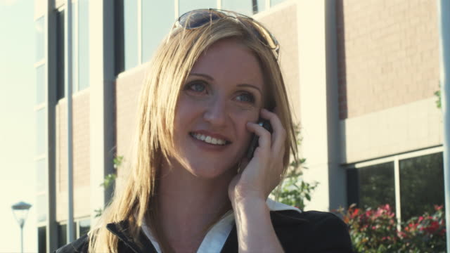 HD: Businesswoman speaking on the phone video