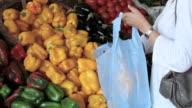 Buying fresh paprika video