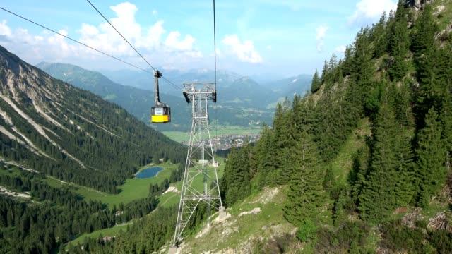 Cable car, funicular, Allgäuer Alpen, alps, Seilbahn, Hornbahn, Bergbahn, Luftseilbahn, Bad Hindelang, 4K video