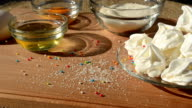 Cake of meringue and components. video