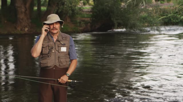 Call while fishing video