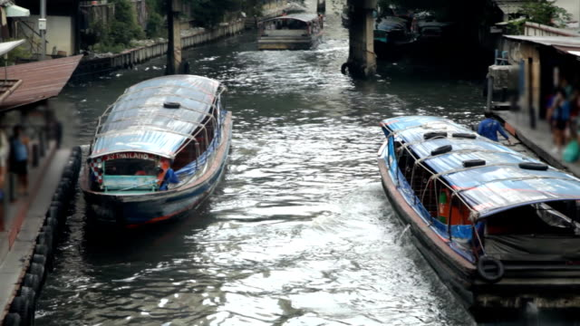 Canal boats transport video