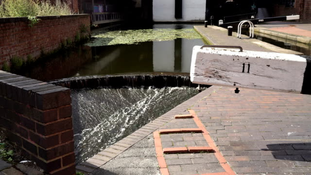 Canal lock detail, Birmingham and Fazeley canal. video