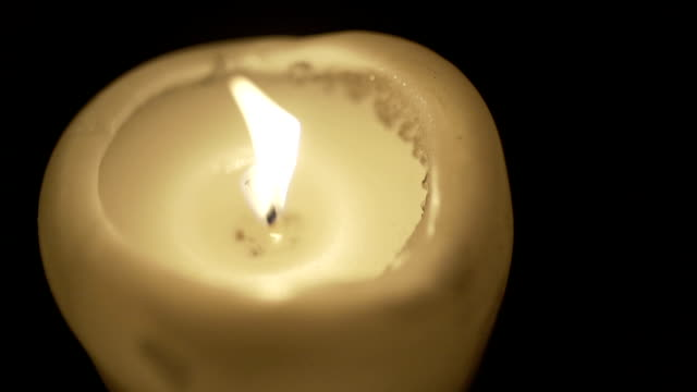 SLO MO CLOSE-UP SELECTIVE FOCUS Candle burning video