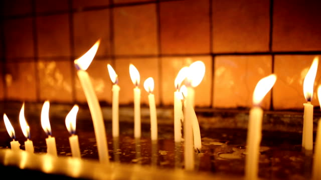 Candles light video