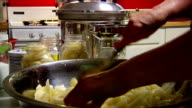 Canning Pears video