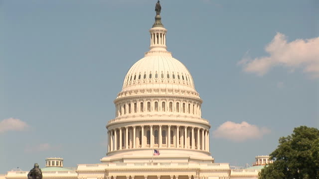 US Capitol - tilt down video
