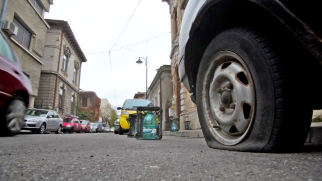 Car flat tire video
