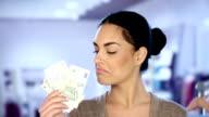 Cash or credit card? Cash! video