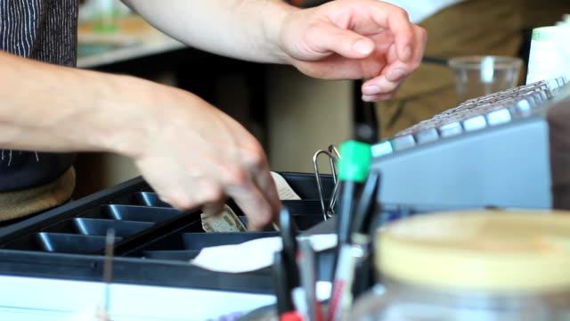 Cash register video