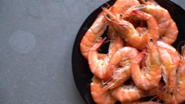 casseroled prawns,shrimps video