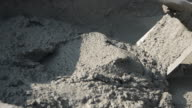 cement mixing in tray video