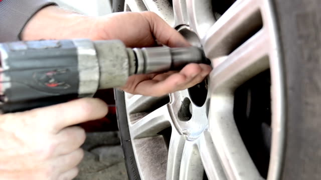 changing tires video