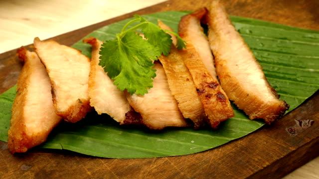 charcoal-boiled pork neck video