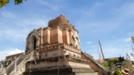 T/L Chedi Luang Buddhist Temple in Chiang Mai Thailand video