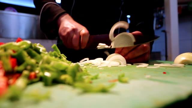 Chef Chops a White Onion video