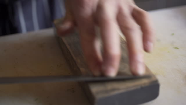 chef sharpening knife video
