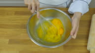 Chef's cracking eggs video